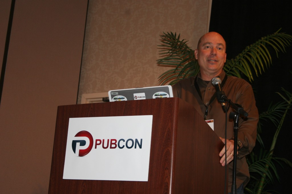 Arnie Kuenn speaking at Pubcon Hawaii 2012